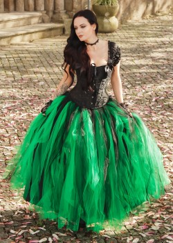 Black Green Gothic Long Prom Dress D1032